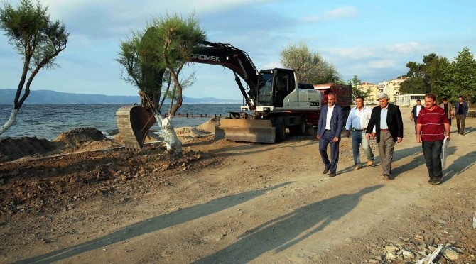 """Karaosmanoğlu, """"Dereköy Sahili Karamürsel'e Çok Yakışacak"""""""