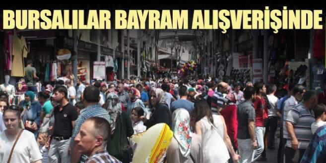 Yaklaşan Ramazan Bayramı için çarşılar doldu taştı