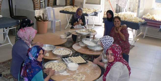 Örnekköylü kadınlardan ekonomiye katkı