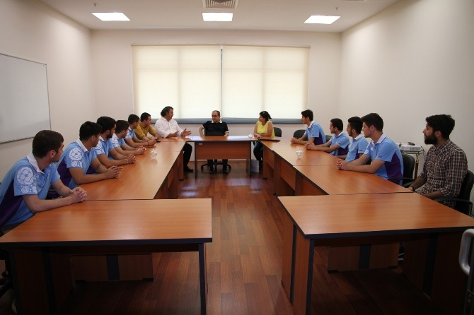 Bakülü Öğrenciler PAÜ'de Yaz Seminerine Katıldı