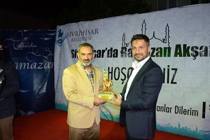 Sivrihisar'da Dursun Ali Erzincanlı'dan Unutulamayacak Ramazan Akşamı