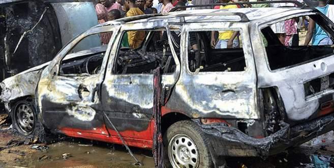 Pazar yerine bombalı saldırı: 25 ölü