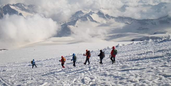 Bursalı dağcılardan Avrupa çıkarması