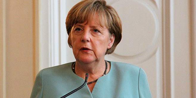 Merkel'in dinlenildiği iddiası