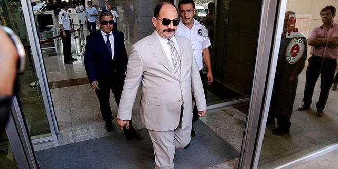 Eski savcı Öz'ün 5 yıl hapsi istendi
