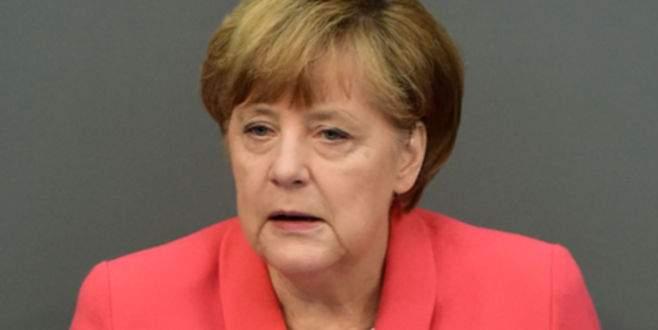 Merkel'den Türkiye'ye başsağlığı mesajı