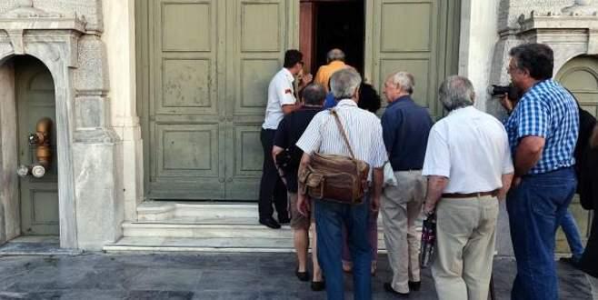 Yunan bankalarında randevulu sistem