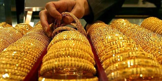 Altın toparlanamıyor