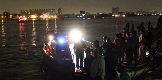 Nil Nehri'nde iki gemi çarpıştı: 21 ölü