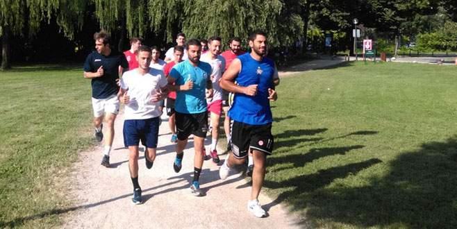 Nilüfer Belediyespor hentbolda sezonu açtı