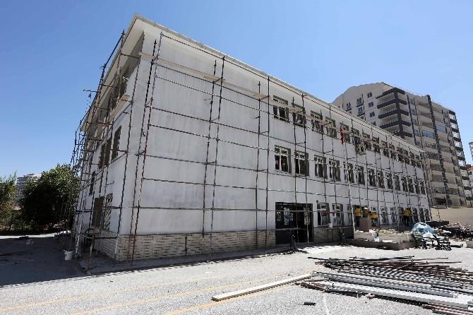 Yenimahalle Belediyesi Okul Tadilatlarına Başladı