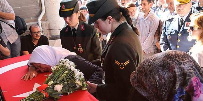 Şehit Mehmet Koçak'ın cenazesi toprağa verildi