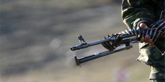 Askeri kışlaya silahlı saldırı
