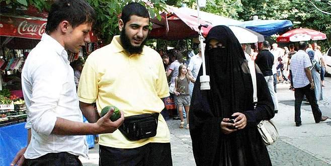 Arap turistin Bursa aşkı bitmiyor