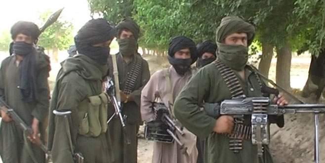 200 polis Taliban safına geçti