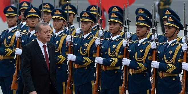 Erdoğan Çin'de resmi törenle karşılandı