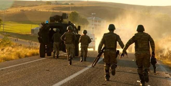 Askeri araca bombalı saldırı!