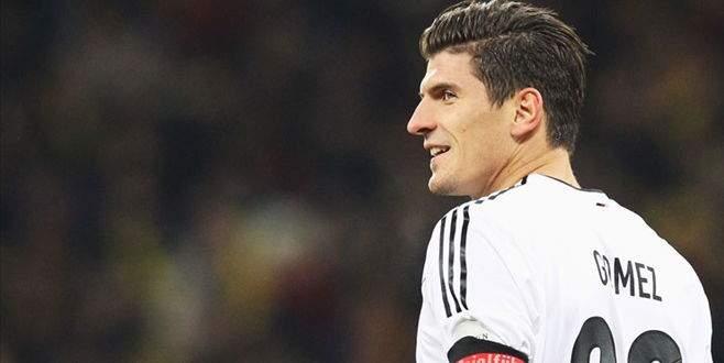 Mario Gomez resmen Beşiktaş'ta