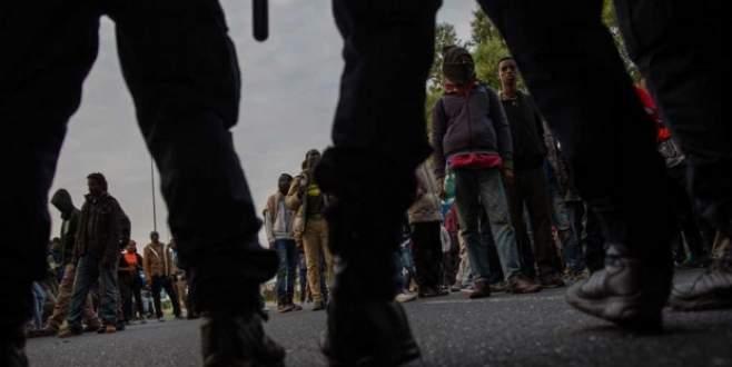 Mülteciler 'Cobra' ile durdurulacak