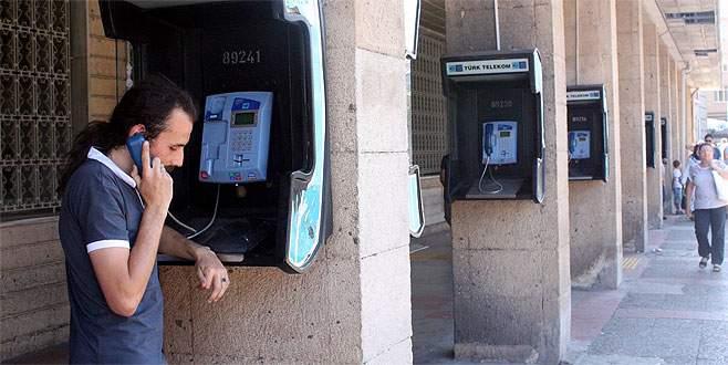 Ankesörlü telefonlar zamana direniyorlar
