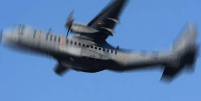 Askeri uçak düştü: 11 ölü