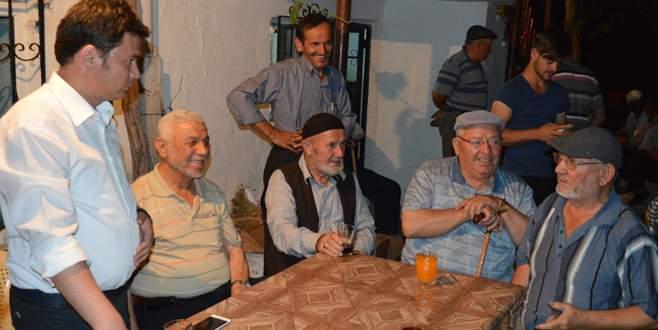 Erkan Aydın'dan köylülere destek