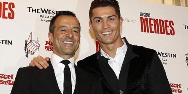Ronaldo 'ada' hediye etti