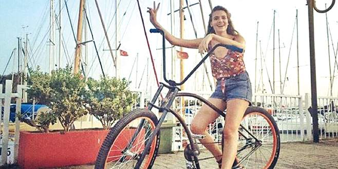 Derya'nın bisiklet keyfi