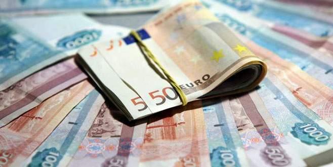 Rusya'da euro değer kazandı