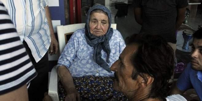 Yaşlı Kadını Yanmaktan, Güvercinlere Yem Veren Bir Kişi Kurtardı
