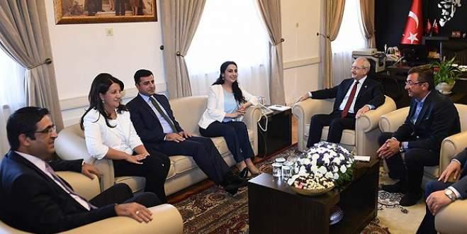 'İçiniz rahat olsun, Türkiye bölünmeyecek'
