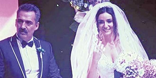 Konser tadında düğün