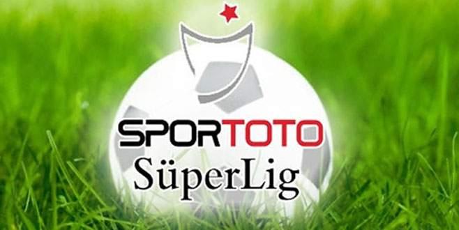 Süper Lig'te ilk hafta maç saatleri değişti