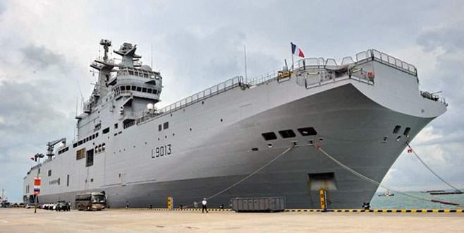 Fransa, Rusya'nın savaş gemilerini vermiyor