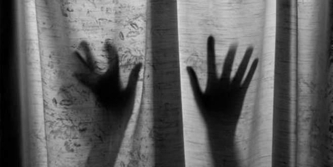 Erkek çocuklara tecavüz skandalı