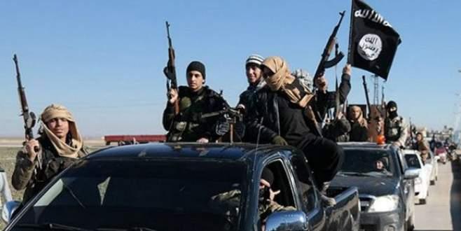 IŞİD Suriye'de 200'den fazla Hıristiyanı…