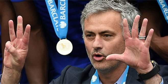 Mourinho 4 yıl daha Chelsea'de
