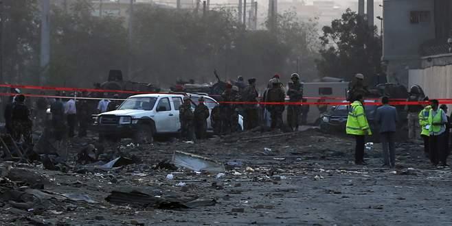 Kabil'de art arda bombalar patladı