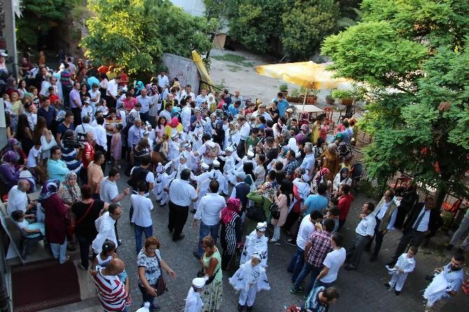 Bjk Taraftarları Derneği 50 Çocuğu Daha Sünnet Ettirdi