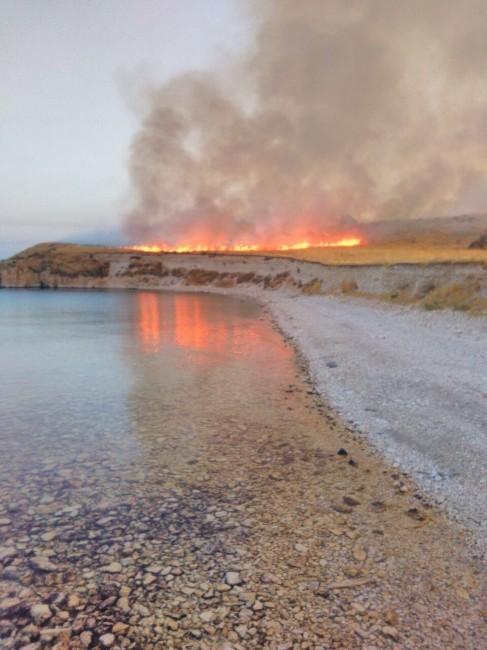 Çarpanak Adası'nda Yangın