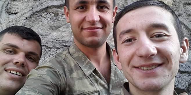 Tezkeresini alan askerlere saldırı: 1 şehit