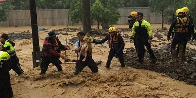 Çin'de Soudelor tayfunu 14 can aldı