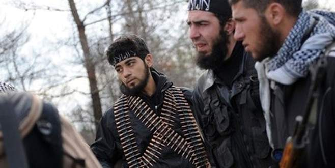 El Nusra sınırda IŞİD'le savaşmayacak