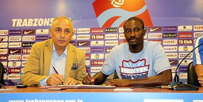 Trabzonspor, N'Doye ile sözleşme imzaladı
