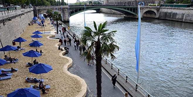 Paris'te 'Tel Aviv' tartışması