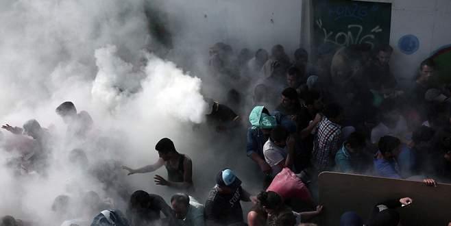 Komşuda göçmen isyanı