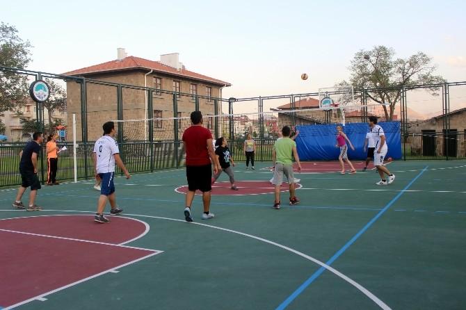 AGÜ'de Voleybol Turnuvası
