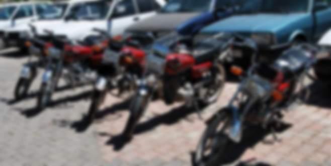 Motosiklet hırsızları kıskıvrak yakalandı