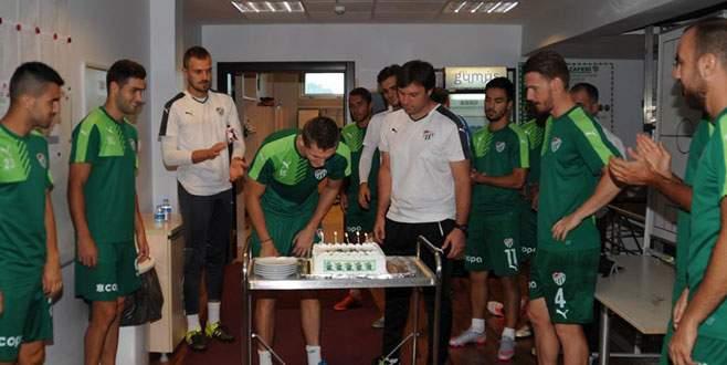 Tomas Necid'e doğum günü sürprizi