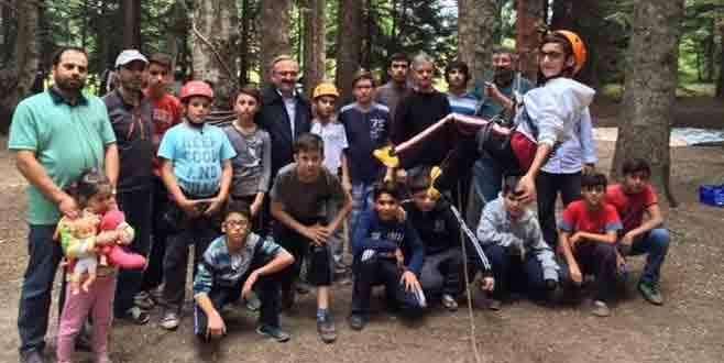Karaloğlu'ndan minik dağcılara moral ziyareti